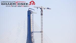 دمونتاژ فلش تاور کرین با جرثقیل مفصلی بر روی برج پل