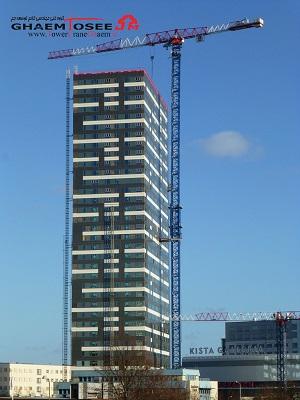 تاور کرین 21LC750 لیندن کومانسا در برج Kista سوئد